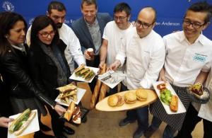 Chefs valencianos reinventan el bocadillo en un nuevo concepto de cervecería